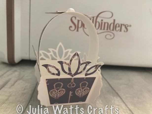 spellbinders tulip flower box 4 sided