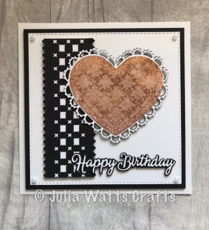 Woven Trellis Heart Sparkle Shakers Squares & Crosses Border