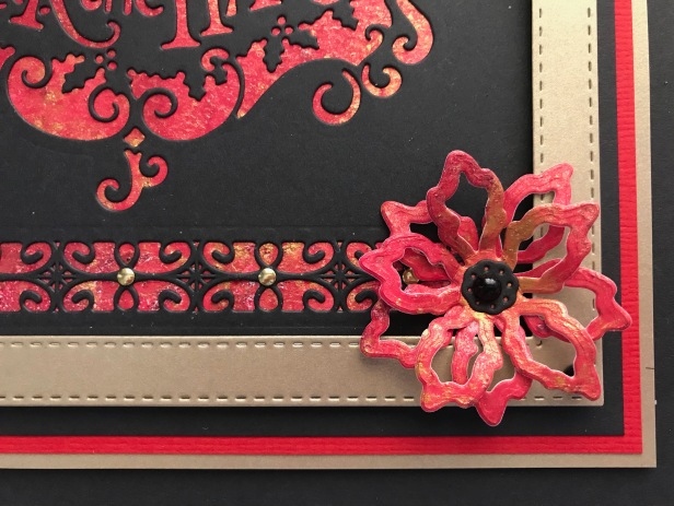 Triple Layer Poinsettia Pixie Powders